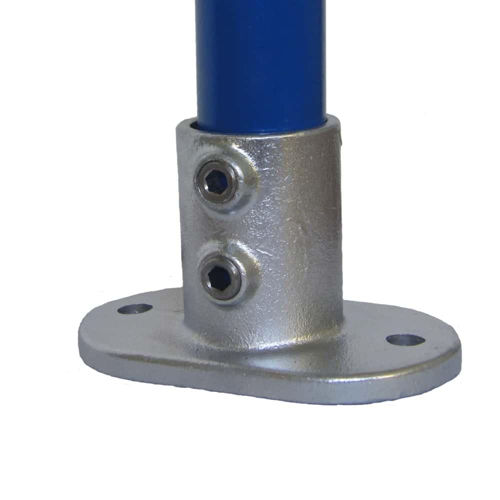 132 – תושבת בסיס לעיגון צינורות אנכיים